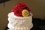 wedding cake with smiley face