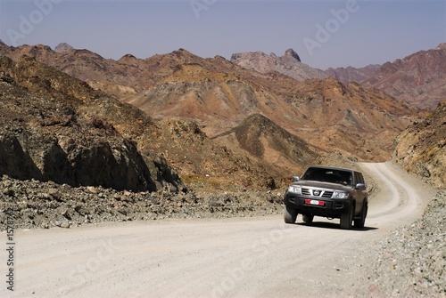 climbing to 2000m hajar mountains