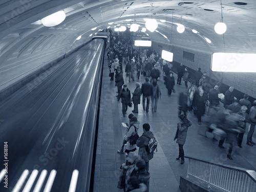 subway crowd