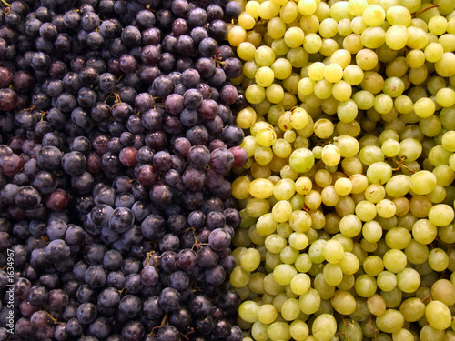 fruit shop - grapes
