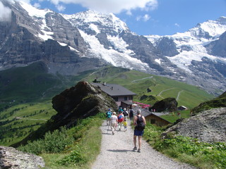hiking in the berenese oberland