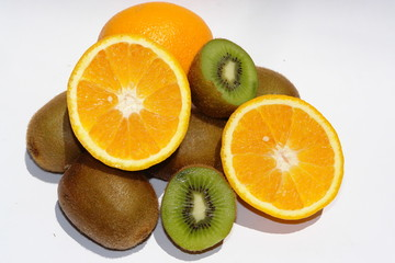 orange et kiwi tranches