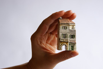 house in fingers