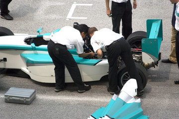 grand prix car repair