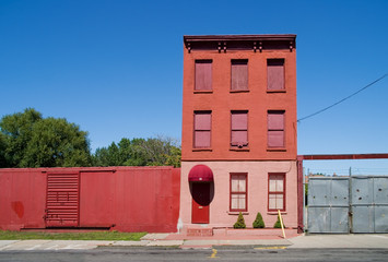 red house in red hook