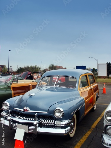 classic american woody wagon car