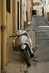 scooter_blanes_street