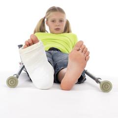 girl with a broken leg