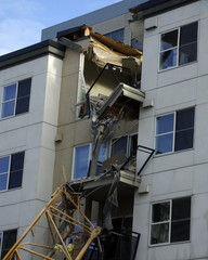 crane accident in bellevue washington