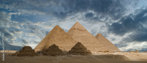 Leinwandbild Motiv pyramids of gizeh
