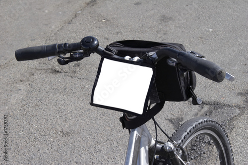 fahrrad mit kartenhalter wei freigestellt von pmphoto lizenzfreies foto 1759392 auf. Black Bedroom Furniture Sets. Home Design Ideas