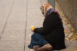 pauvreté - faire la manche poster