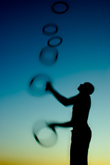 another twilight juggler in action