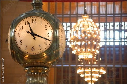 Canvas Treinstation clock at grand central