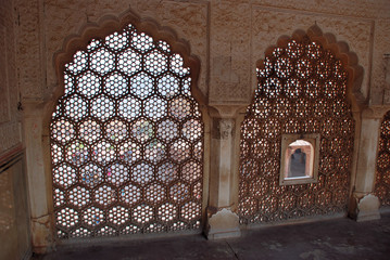window with hexagon pattern
