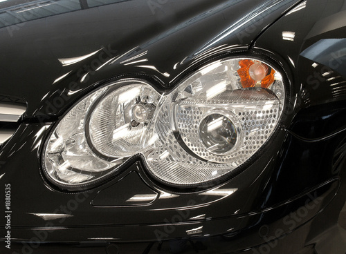 Deurstickers Chinese Muur car headlight