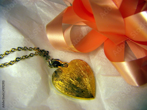 poster of gift necklace