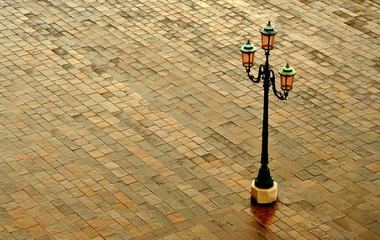 venice pavement lamp post