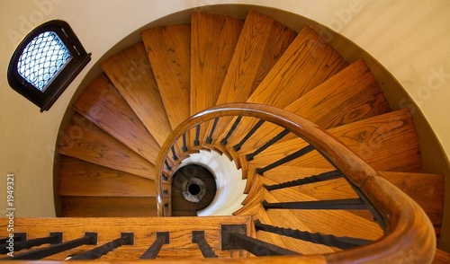 wooden spiral staircase - 1949321