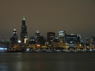 chicago skyline night view