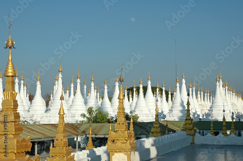 myanmar, mandalay: stupas of kuthodaw pagoda