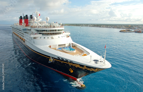 Leinwandbild Motiv unforgettable vacation on board modern cruise ship