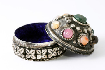 silver-box on jewellery
