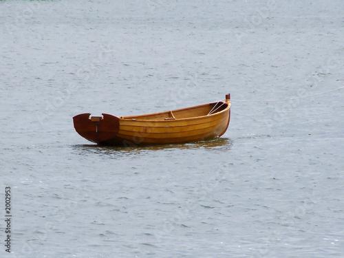 empty rowboat - 2002953