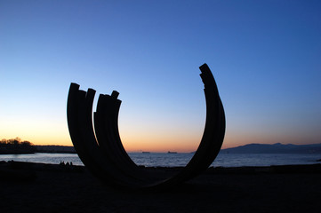 sculpture at english bay