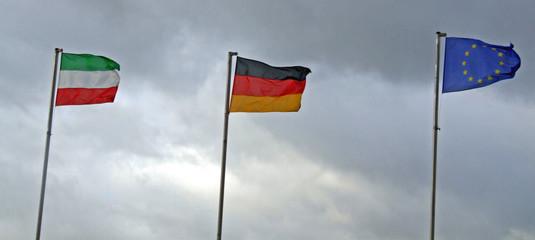 3 flagen