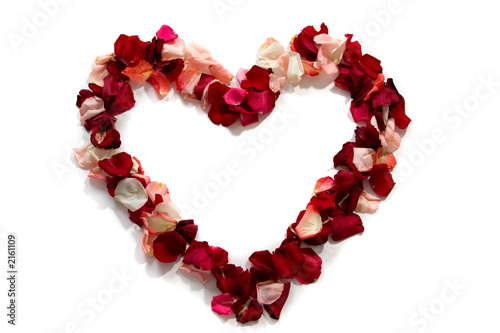 symbol of heart from petals of roses.
