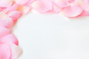 rose petal border 3