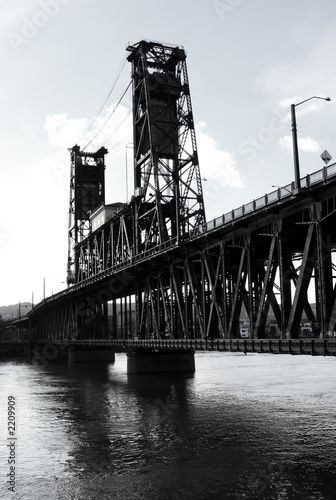steel bridge b/w