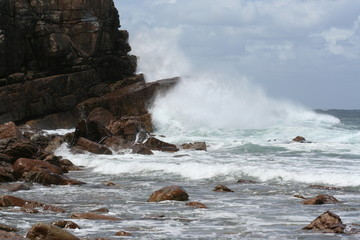crashing waves at cape point
