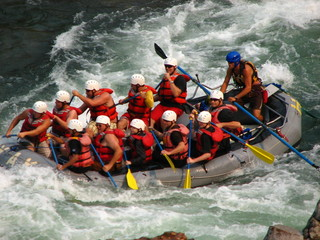 rafting at hells gate