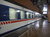 train en gare de chemin de fer du sud pekin poster