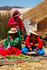 women of lake titicaca