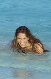 ragazza in mare poster