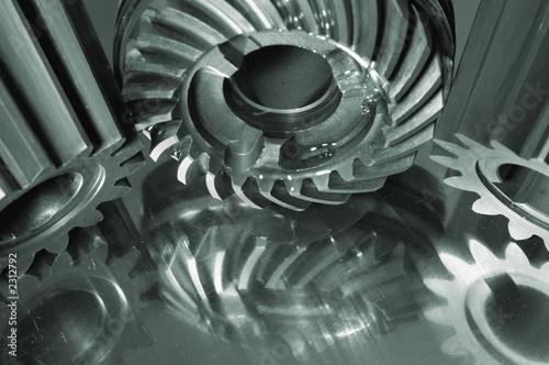 three gears and titanium concept