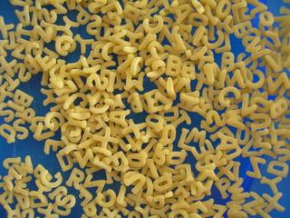 alphabet en pâtes alimentaire