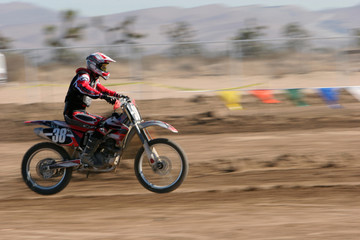 dirt bike speeding
