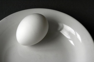 egg on the plate