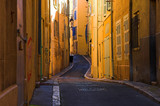 bend streets in the old port part of marseille-