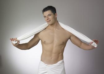 homme et serviette