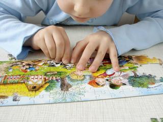 puzzle assembling 1