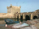 filets de pêche au port poster