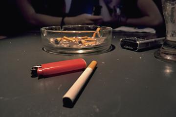 cigarette cendier briquet portable table de bar
