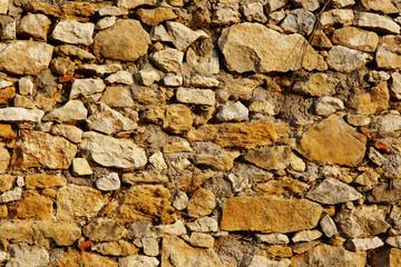muro di pietre antico