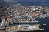 chantier naval et ville poster