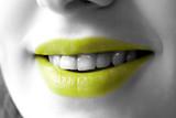 bouche jaune acide et sourire poster